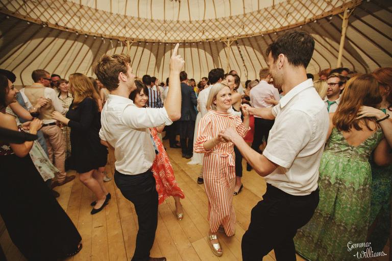 herefordshire-yurt-wedding-gemmawilliamsphotography_0140(pp_w768_h511).jpg