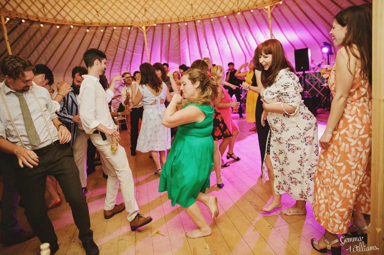 herefordshire-yurt-wedding-gemmawilliamsphotography_0142(pp_w768_h511).jpg