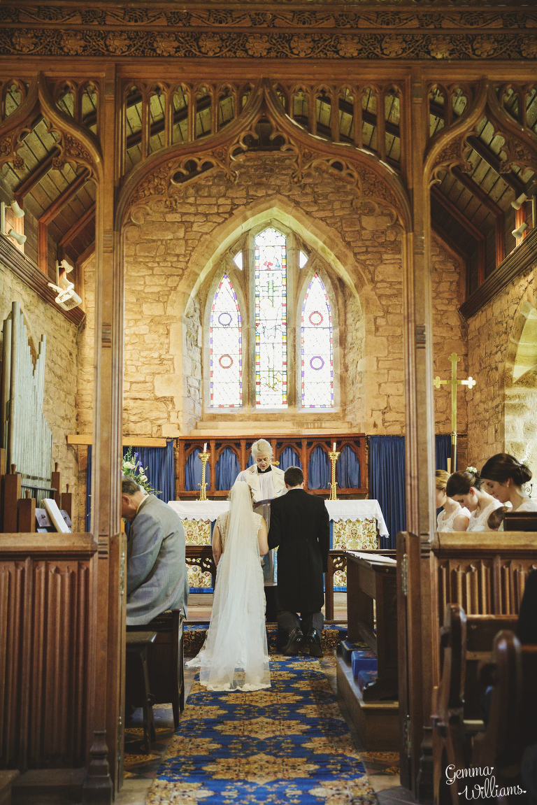 Broadfield-Court-Herefordshire-Wedding-by-Gemma-Williams-Photography_0033(pp_w768_h1151).jpg