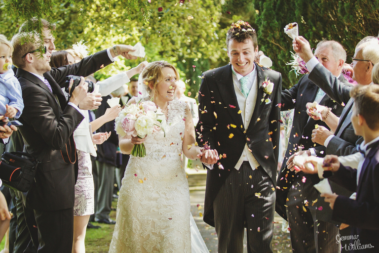 Broadfield-Court-Herefordshire-Wedding-by-Gemma-Williams-Photography_0045(pp_w768_h512).jpg