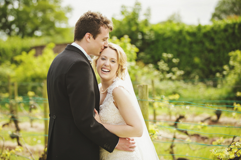 Broadfield-Court-Herefordshire-Wedding-by-Gemma-Williams-Photography_0070(pp_w768_h512).jpg
