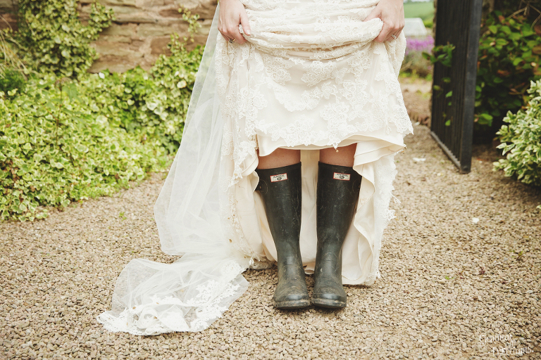 Broadfield-Court-Herefordshire-Wedding-by-Gemma-Williams-Photography_0074(pp_w768_h512).jpg
