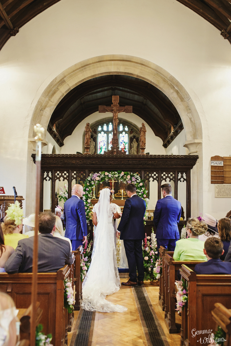 Elmore-Court-Wedding-by-Gemma-Williams-Photography_0032(pp_w768_h1152).jpg