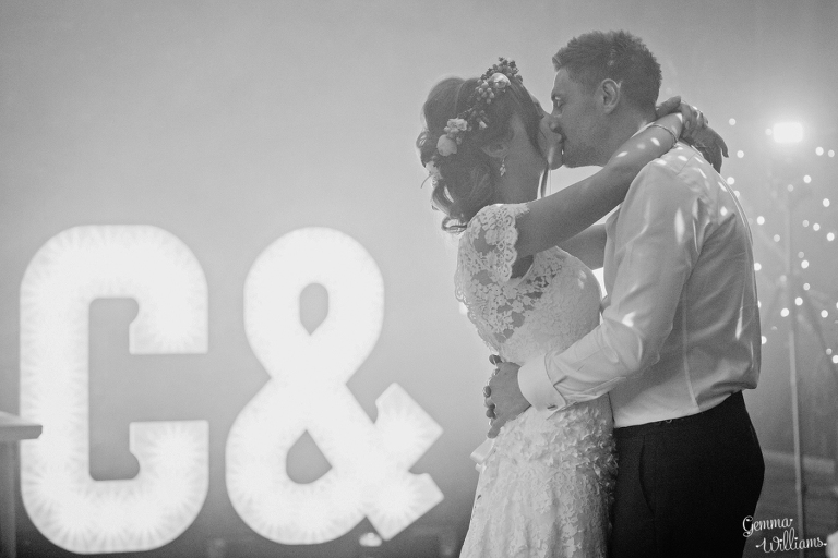 Elmore-Court-Wedding-by-Gemma-Williams-Photography_0103-1(pp_w768_h512).jpg