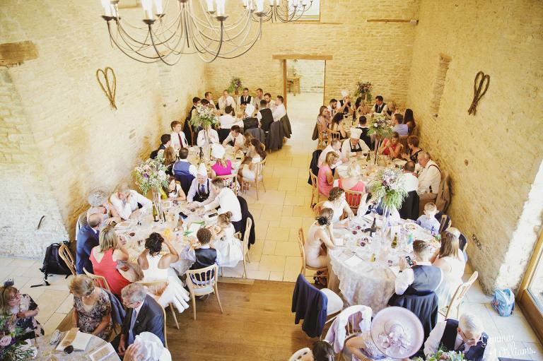 kingscote-barn-wedding-gemmawilliamsphotography_0056(pp_w768_h511).jpg
