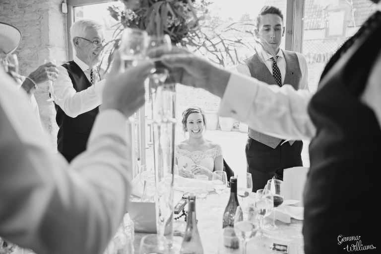 kingscote-barn-wedding-gemmawilliamsphotography_0060(pp_w768_h511).jpg