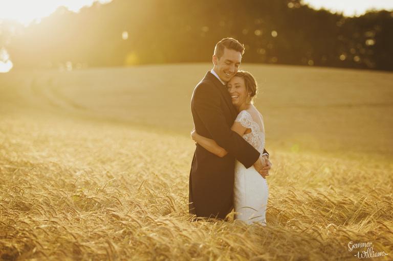 kingscote-barn-wedding-gemmawilliamsphotography_0065(pp_w768_h511).jpg