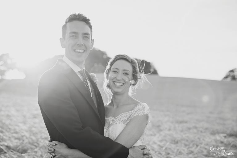 kingscote-barn-wedding-gemmawilliamsphotography_0067(pp_w768_h511).jpg