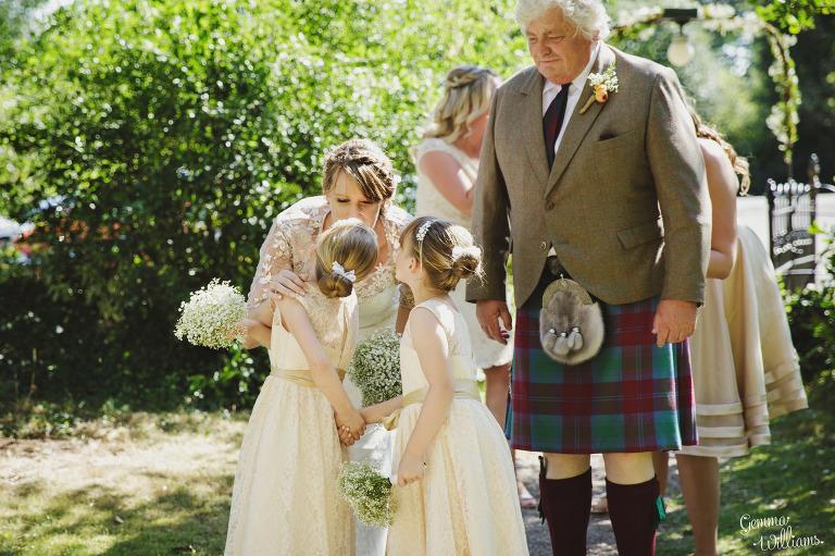 worcestershire-wedding-gemmawilliamsphotography_0014(pp_w768_h511).jpg