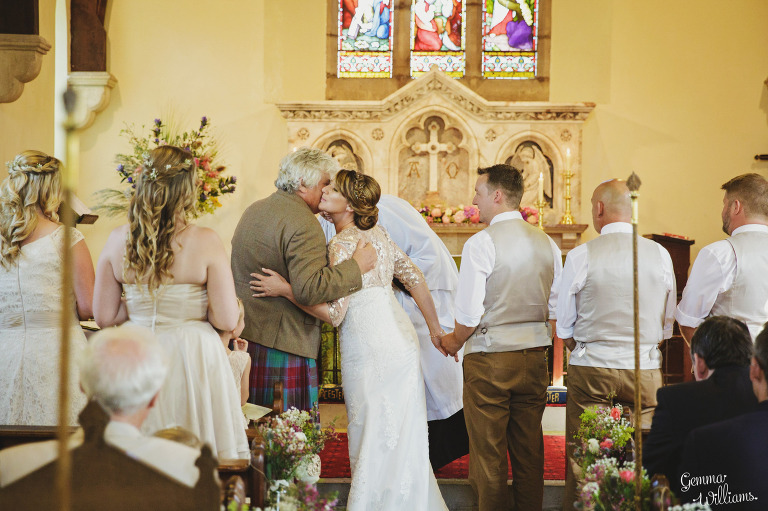 worcestershire-wedding-gemmawilliamsphotography_0018(pp_w768_h511).jpg
