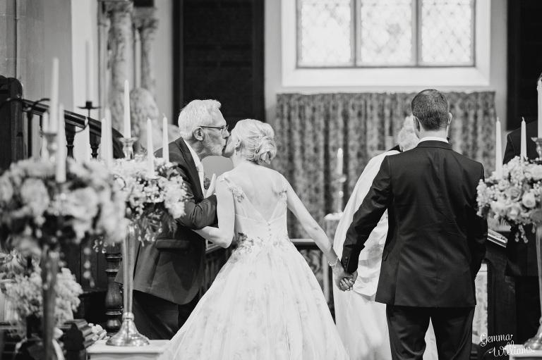 birtsmorton-wedding-gemmawilliamsphotography_0028(pp_w768_h511).jpg