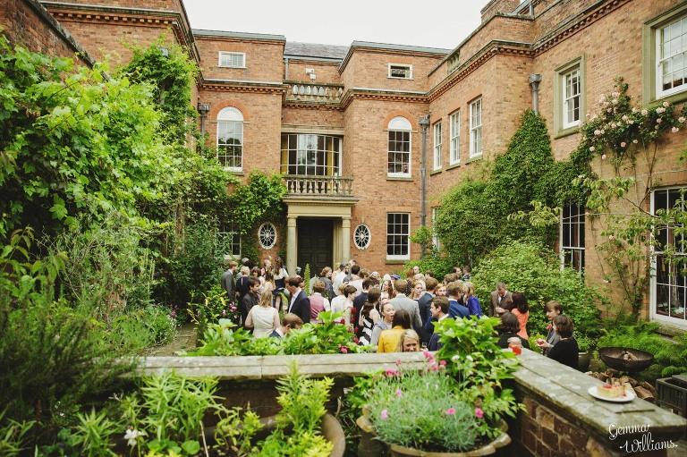 walcot-hall-wedding-gemmawilliamsphotography_0082(pp_w768_h511).jpg