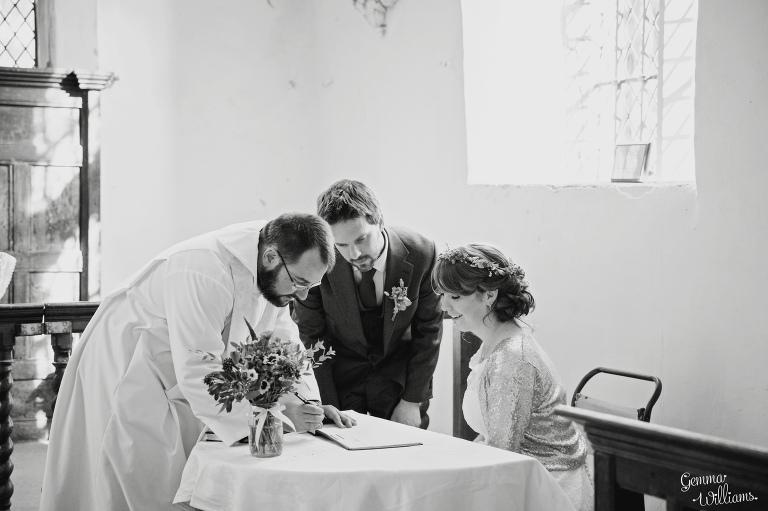 herefordshire-wedding-gemmawilliamsphotography_0025-1(pp_w768_h511).jpg
