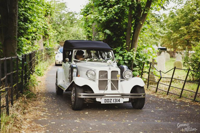 deerpark-wedding-gemmawilliamsphotography_0014(pp_w768_h511).jpg