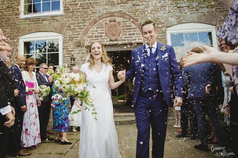 designer-dress-wedding-gemmawilliamsphotography_0027(pp_w768_h511).jpg