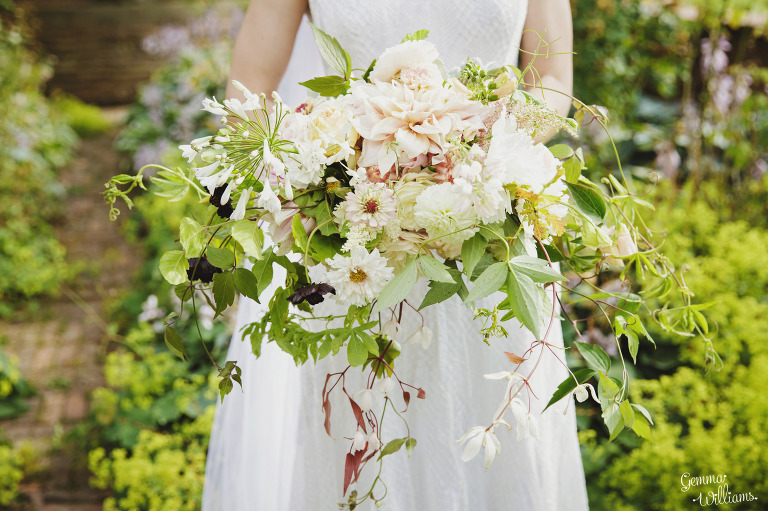 designer-dress-wedding-gemmawilliamsphotography_0041(pp_w768_h511).jpg