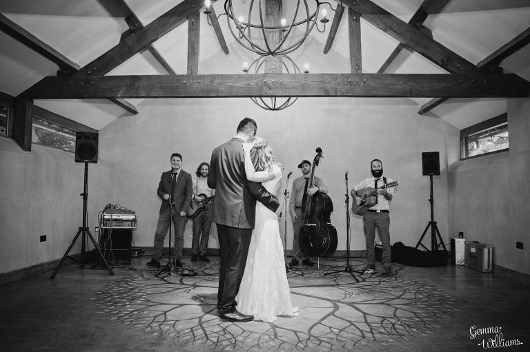 designer-dress-wedding-gemmawilliamsphotography_0066(pp_w768_h511).jpg