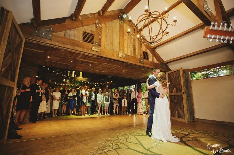 designer-dress-wedding-gemmawilliamsphotography_0068(pp_w768_h511).jpg