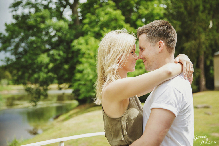 Worcestershire-Engagement-Shoot-by-Gemma-Williams-Photography_0012(pp_w768_h511).jpg