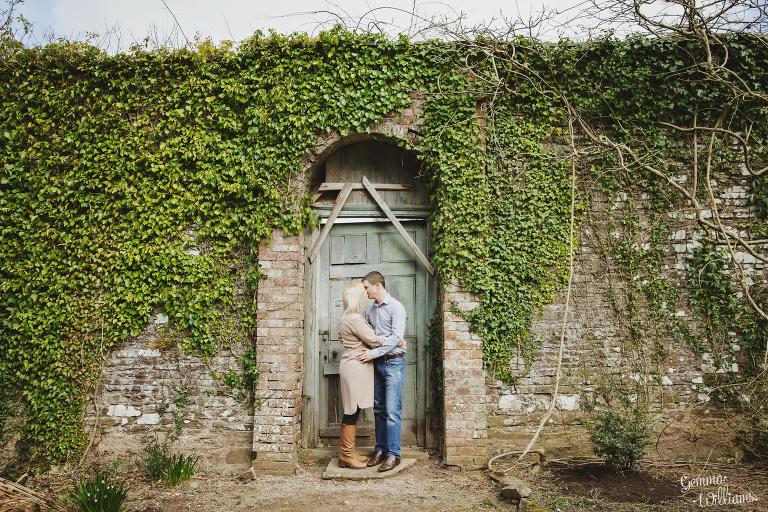 Gemma-Williams-Photography-Engagement-Shoot-2016-008(pp_w768_h512).jpg