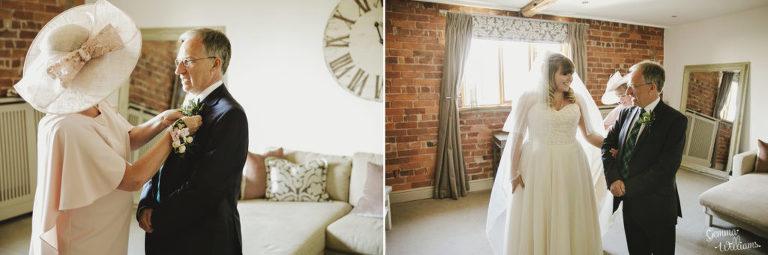 Curradine-Barns-Wedding-GemmaWilliamsPhotography016-1024x340(pp_w768_h255).jpg