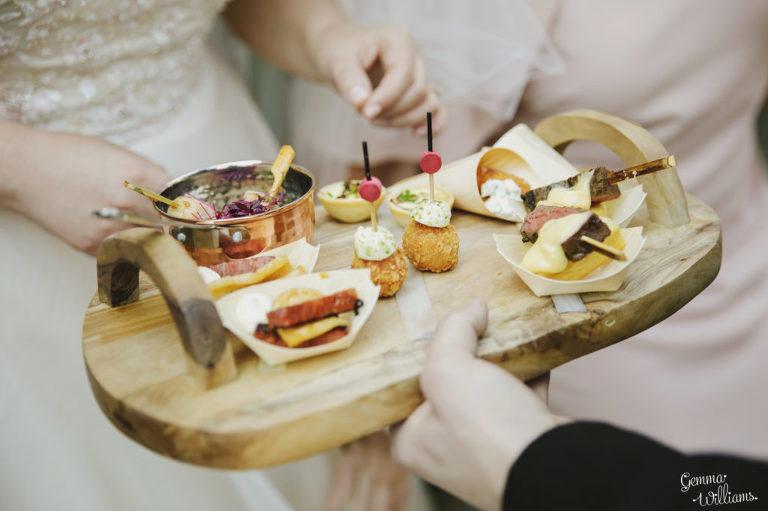 Curradine-Barns-Wedding-GemmaWilliamsPhotography025-1024x682(pp_w768_h511).jpg