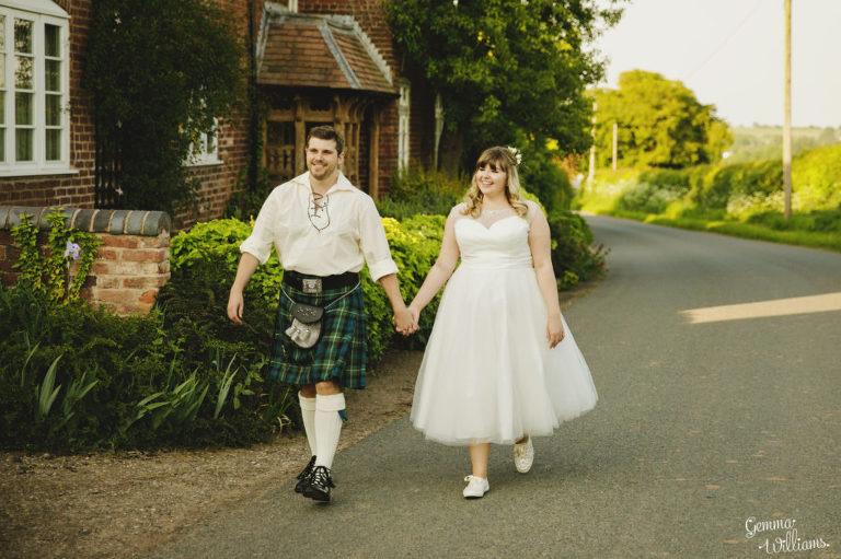 Curradine-Barns-Wedding-GemmaWilliamsPhotography052-1024x682(pp_w768_h511).jpg