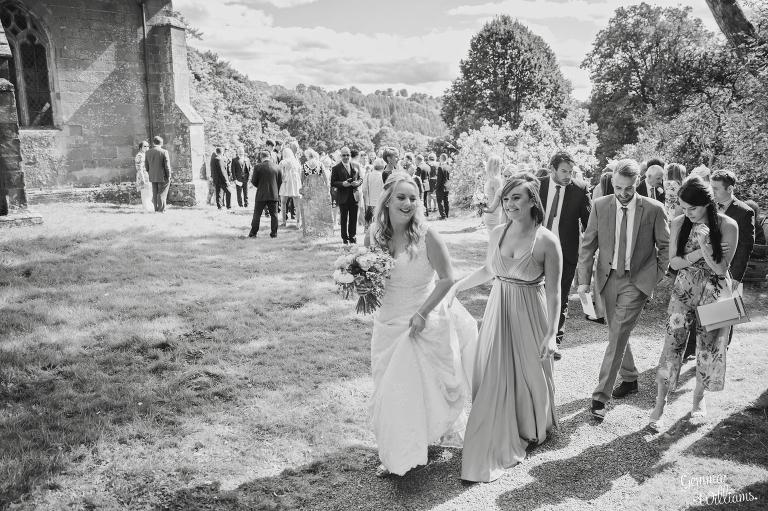 How-Caple-Wedding-GemmaWilliamsPhotography118(pp_w768_h511).jpg