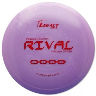 The #Legacydiscs Rival is a speed 7 fairway driver designed for accuracy.  This disc is a great weapon for head winds and control shots.  The Rival will hold a straight flight with a slow fade at the end. Flight Numbers are Speed 7 / Glide 5 / Turn 0 / Fade 2. Link in Bio  #Playwithconfidence #letslaunch #discgolf #ukdiscgolf