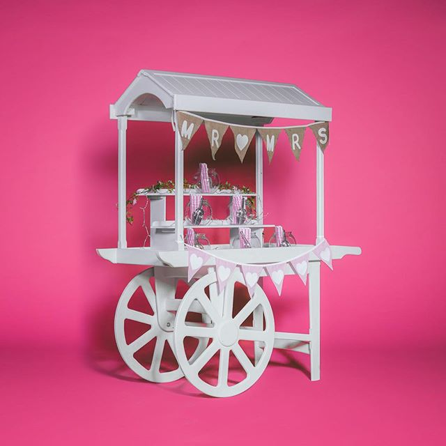 Did you know we also have a host of Wedding hire products? This is our brand spanking new Sweet Cart! Ain't she pretty?  www.thepicturehouseco.com