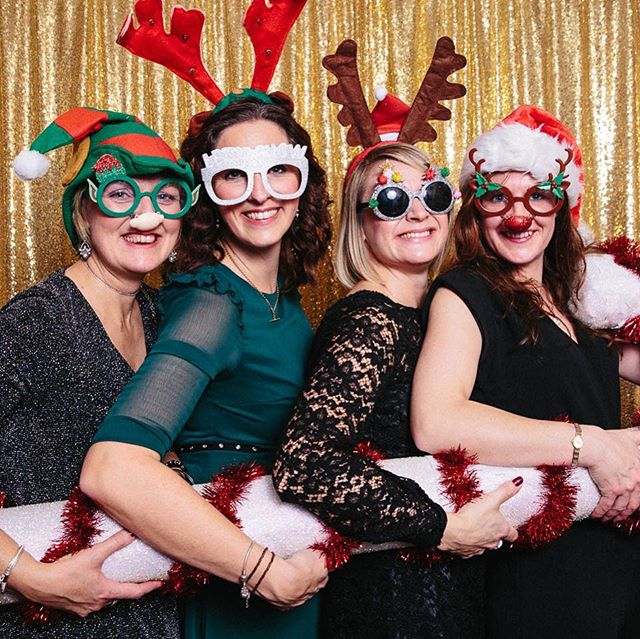 The first night of our 'Pop Up' studio went down a treat at the Wortley last night  #popupstudio #christmasparty #wortleyhouse #wortleyhousehotel #photobooth