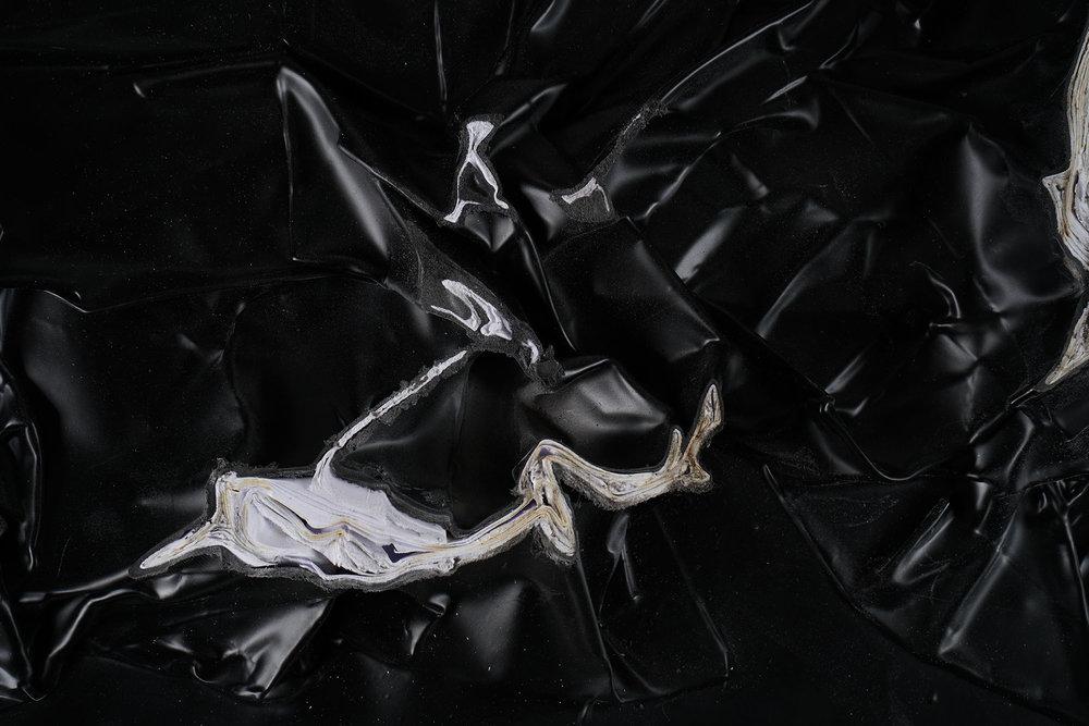 INKUBATOR X TEXTILDESIGN - HYBRIDE RELIEFS Autoren:Isabella Silvaaltemani,Felix Hofmann,Kathrin Alischer,Madeleine Mesa  Photo: Jan Cafuk,Eva Schlechte,2016