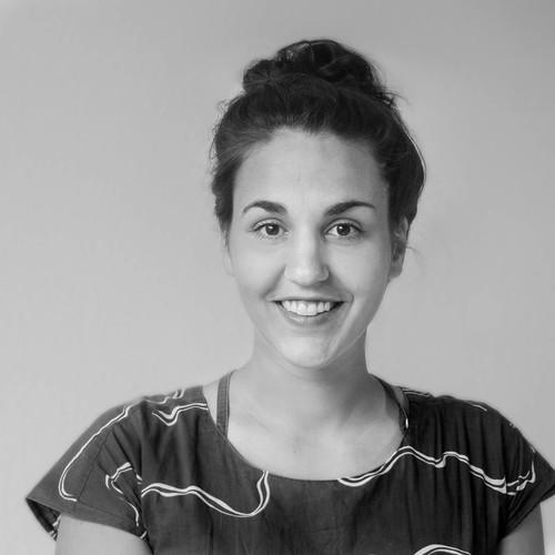 """Eva Schlechte, Dipl.-Des. Lehrbeauftragte """"Grundlagen der Gestaltung"""""""