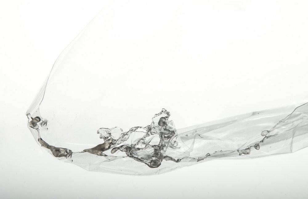 Phase 1 - Materialität - Intuitives Spiel  Autor: Annika Jana Wagner Photo: Johanna Schneider, Yannik Kaiser, 2017