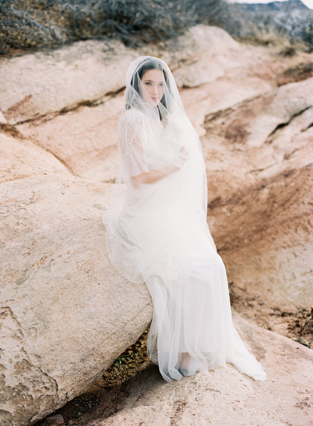 Full length veil on a bride.
