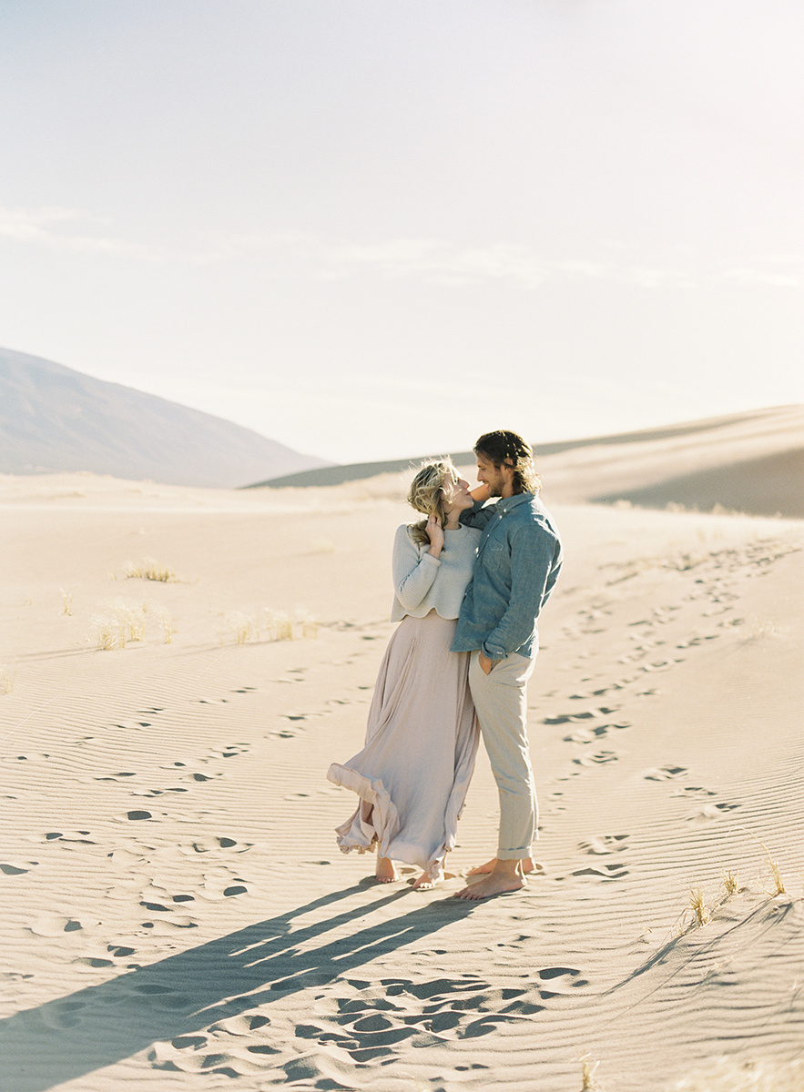 colorado sand dunes engagement session