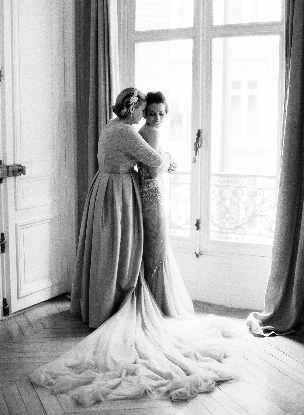 Paris Real Wedding-Carrie King Photographer-1.jpg
