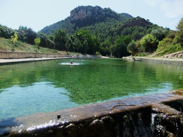 piscina natural beceite uno.jpg