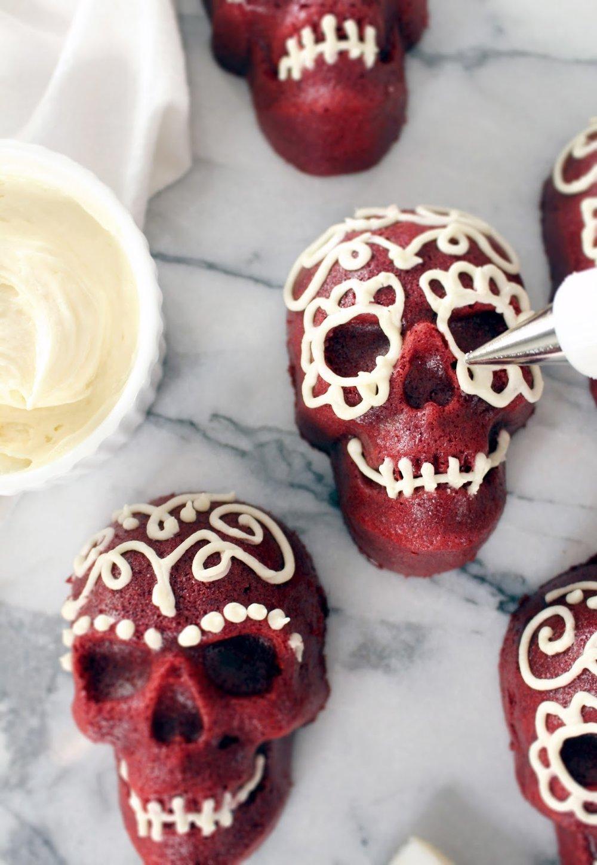Red Velvet Skull Cakes