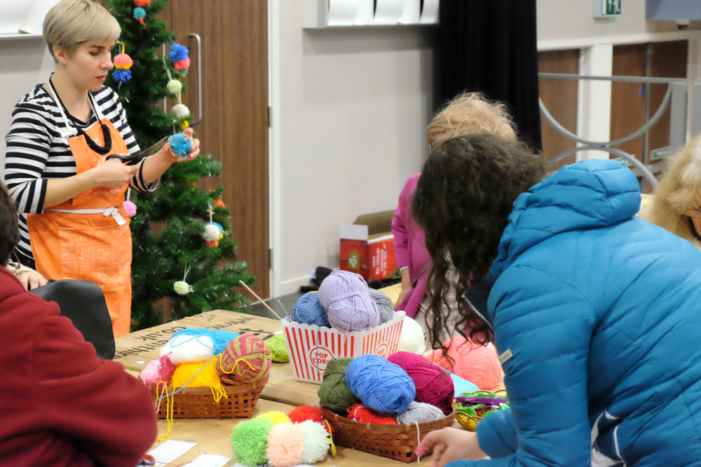 Amy from Super+Super hosting the free drop in craft workshops to make Christmas decorations.
