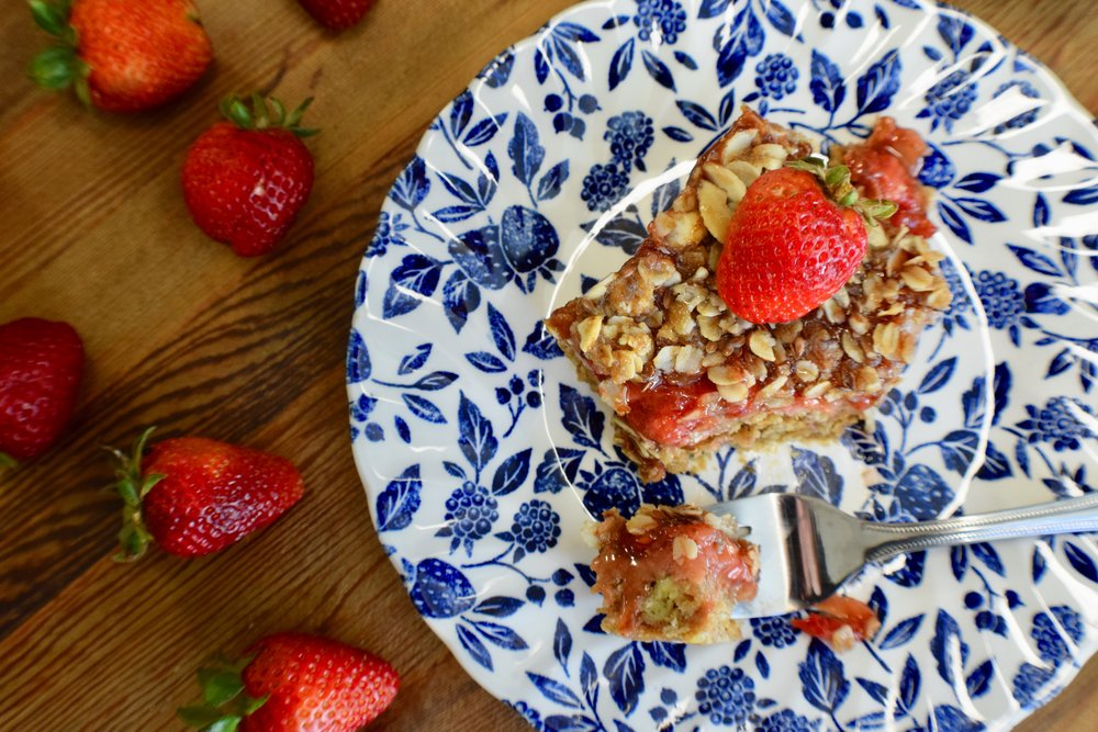 Strawberry Nut-Butter Breakfast Bars -