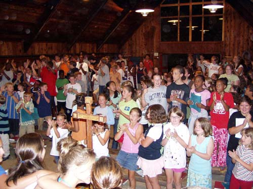 campers applauding the staff.jpg