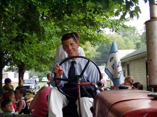 hay ride driver.jpg