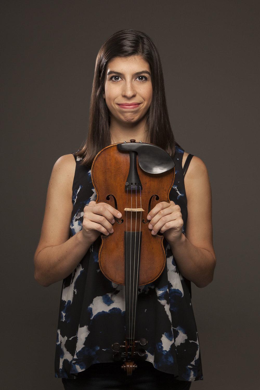 Samantha Bennett, Violin