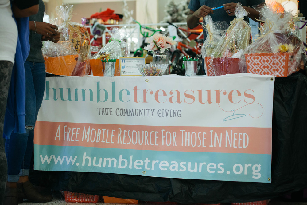 Humble Treasures booth at Turkey Bash
