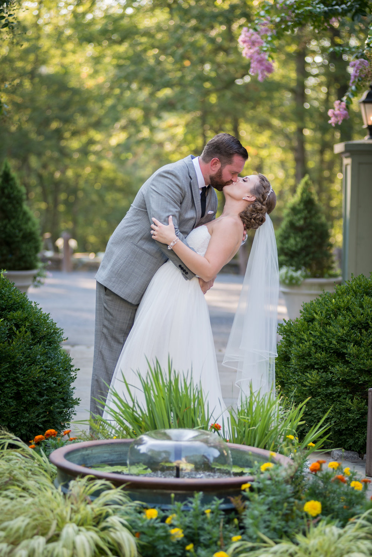 Hannah and Thomas Wedding (25 of 48).jpg