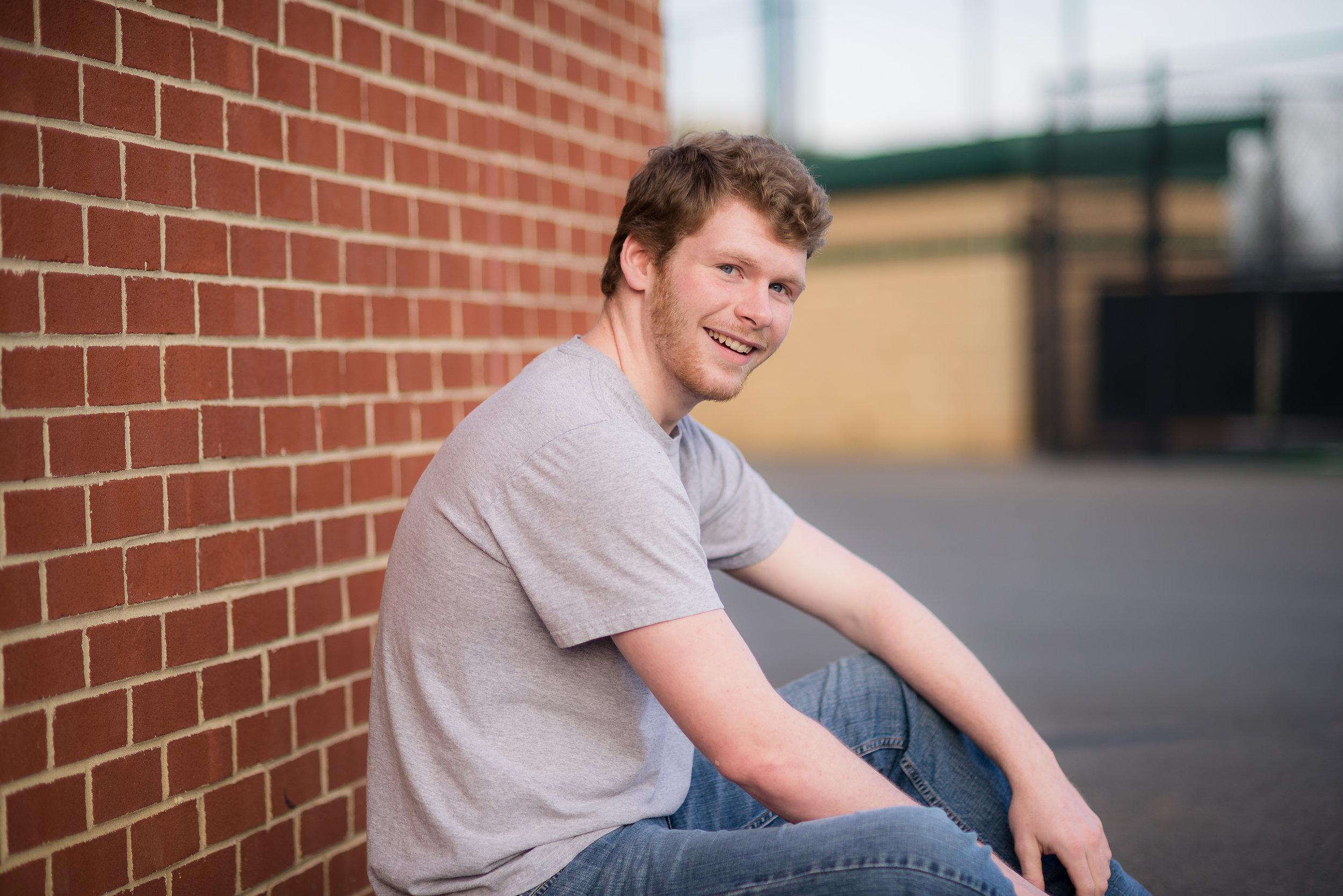 Aaron Hahn Senior 2018-28.jpg