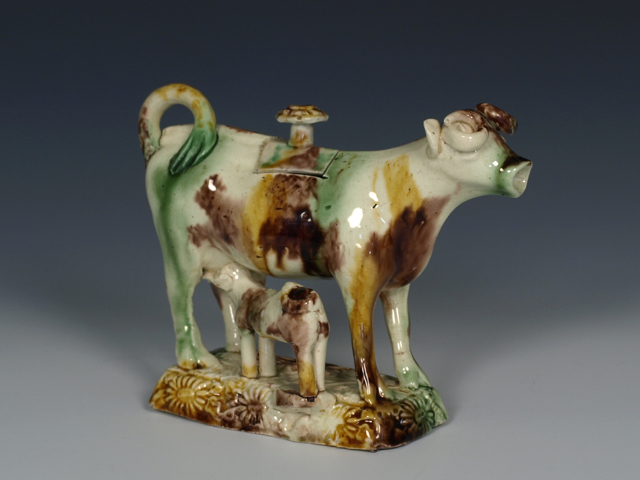 REW00126 - Wheildon-type Cow Creamer & Cover with Calf - 2.jpg