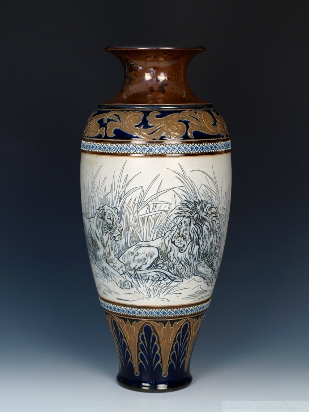 rpw349 Doulton Hannah Barlow Lions Vase - 02.jpg