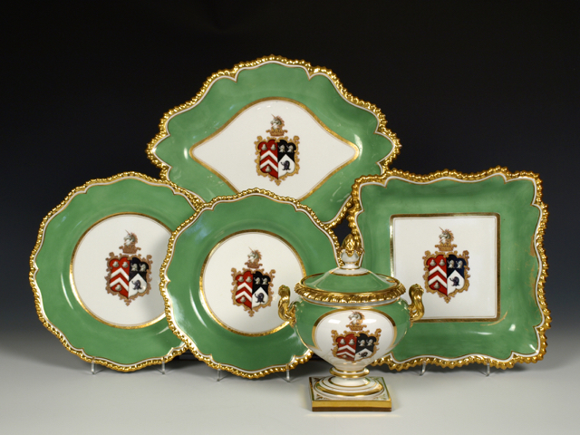 Flight, Barr & Barr Armorial Part Dessert Service, 1820-30, with the crest and arms of the Perkins and Sanders family.